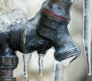 5 signs your pipes are frozen